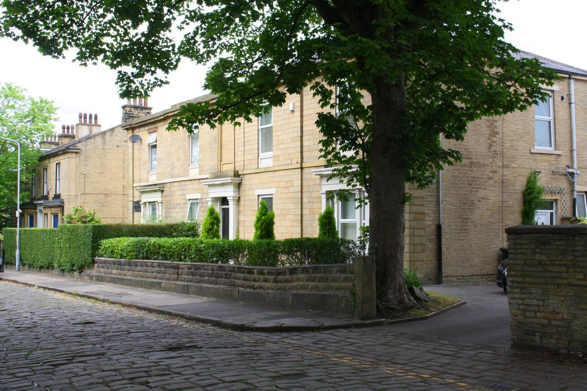 6 and 8 Melbourne Place, Bradford.jpg