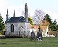 Acheux-en-Amiénois ancien cimetière (chapelle avec lanterne des morts) 2.jpg