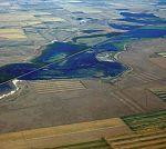 Aerial photograph of Benton Lake (8600350473).jpg