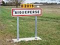 Aigueperse-FR-63-panneau-01.jpg