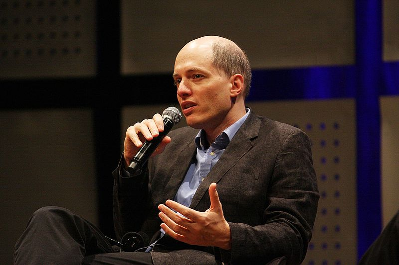 File:Alain de Botton no Fronteiras do Pensamento Porto Alegre 2011 (6432949747).jpg
