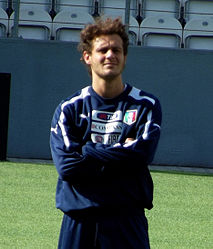 Alessandro Diamanti 2012 (cropped) - 2.jpg