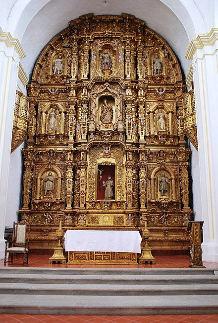 Main altar of the Chapel of The Third Order of Saint Francis AltarGuadTabCV.JPG