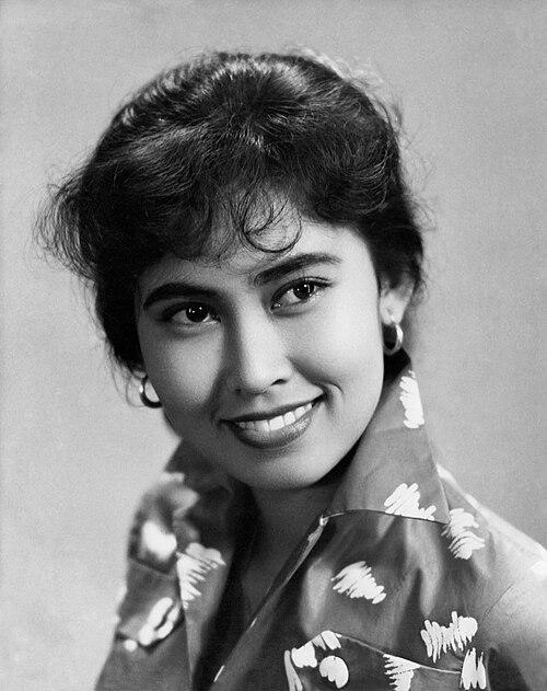Aminah Cendrakasih, c. 1959, by Tati Photo Studio.jpg