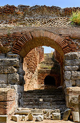 Amphitheater - Pozzuoli - Campania - Italy - July 11th 2013 - 01.jpg