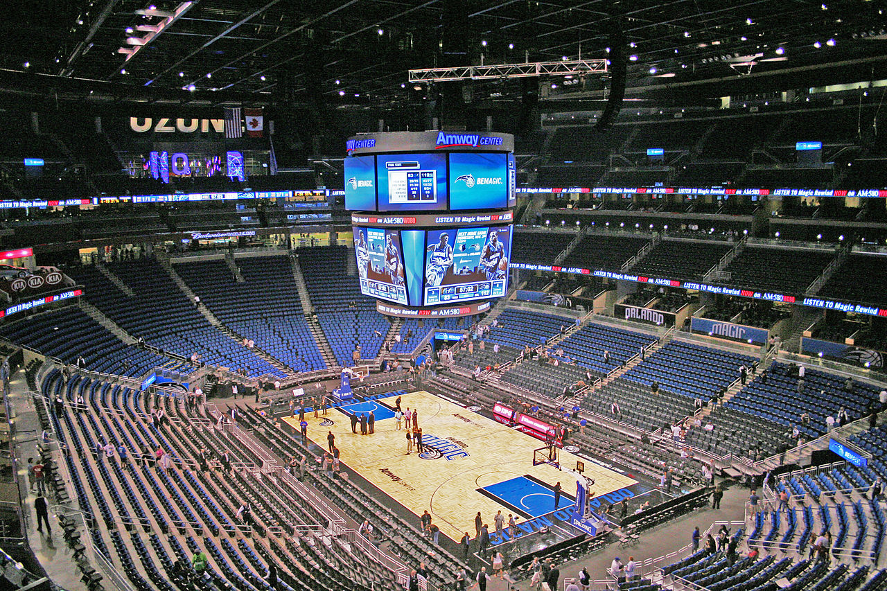 File Amwaycentercourt Jpg Wikimedia Commons