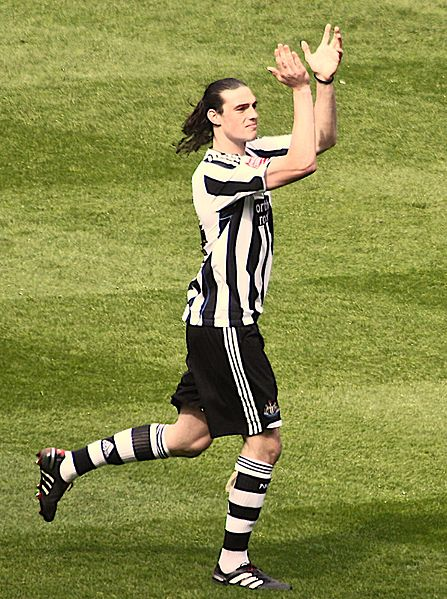 [Image: 447px-Andy_Carroll_-_April_2010.jpg]