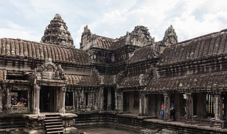 Khmer architecture - A cruciform gallery separates the courtyards at Angkor Wat.