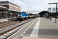Apeldoorn Spitzke V100-SP-007 en Res'en platte wagens (10400037164).jpg