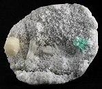 Apophyllite-(KF)-Stilbite-Ca-Heulandite-Ca-226327.jpg