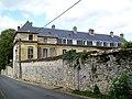 Asnières-sur-Oise (95), château de Touteville.jpg