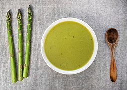 Asparagus soup (spargelsuppe).jpg