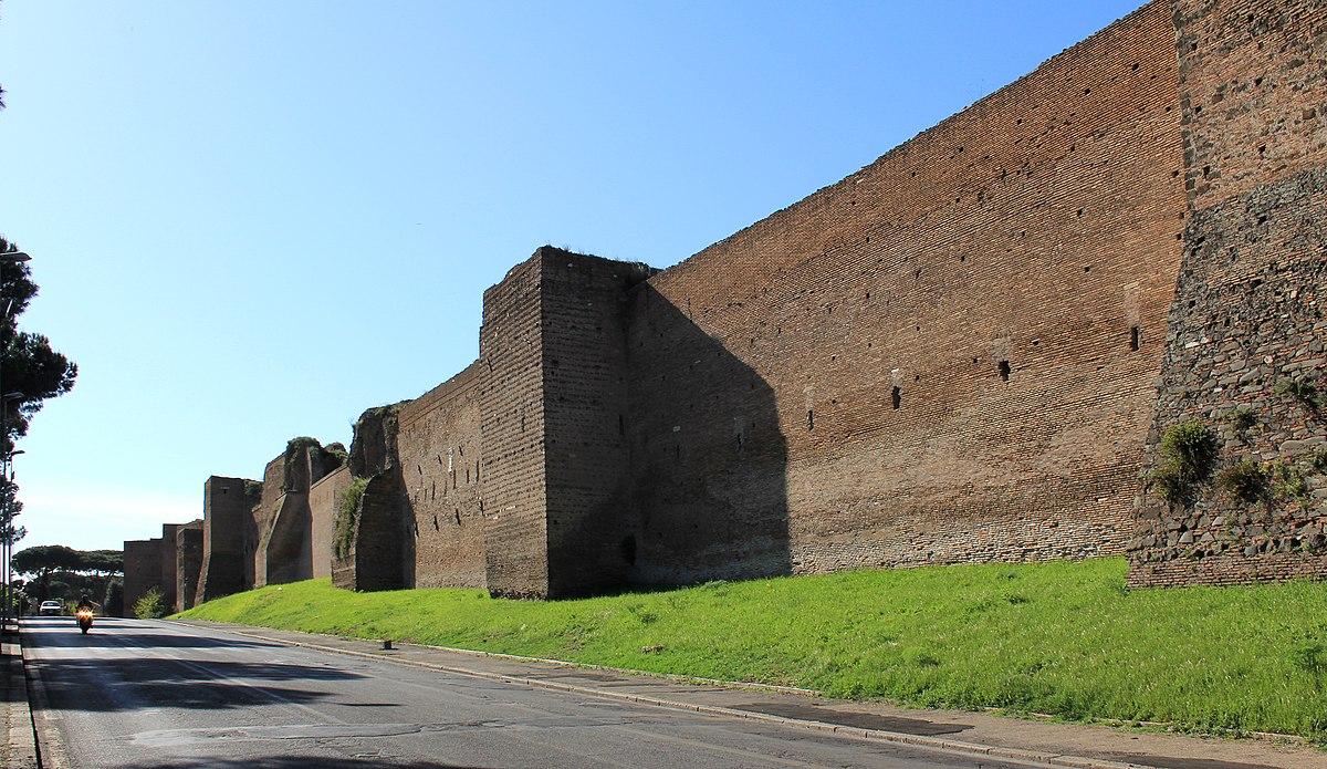 Mura aureliane wikipedia for Piani di ville mediterranee