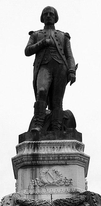 Auxonne - Statue of Lieutenant Bonaparte by François Jouffroy