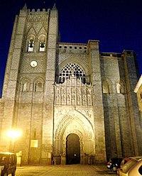 Avila - Catedral, exteriores 09.jpg