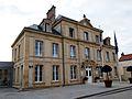 Ayuntamiento de Arromanches-les-Bains, Normandía.jpg