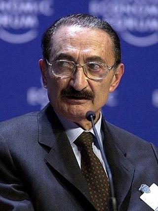 Bülent Ecevit-Davos 2000 cropped.jpg