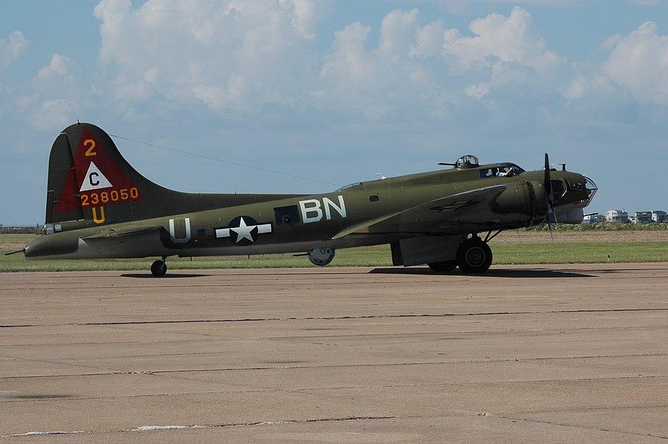 B-17 Lone Star Flight Museum Airshow