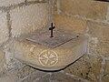 Baneuil église fonts.JPG
