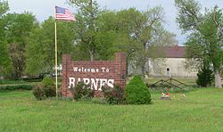 Barnes, Kansas welcome sign and kingpost bridge 1.JPG