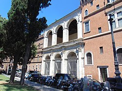 Basilica di San Marco Evangelista al Campidoglio 02.jpg