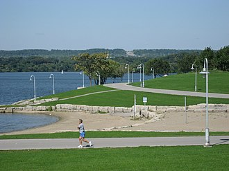 Bayfront Park (Hamilton, Ontario) - Image: Bayfront Park C