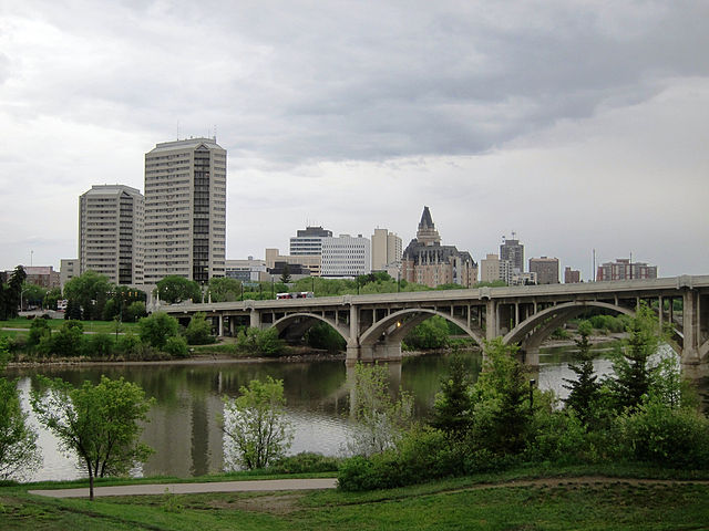 Saskatoon By dsim249 (Skyscraper Forum - Saskatoon Construction II) [CC BY-SA 2.5  (https://creativecommons.org/licenses/by-sa/2.5)], via Wikimedia Commons