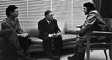 Jean Paul Sartre and Simone de Beauvoir meeting with Che Guevara in 1960