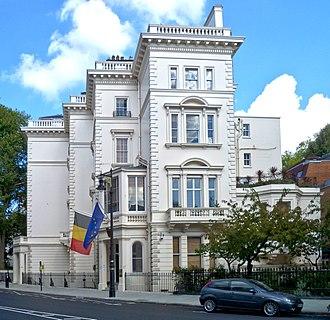 Grosvenor Crescent - Belgian Embassy, 2015, no 17