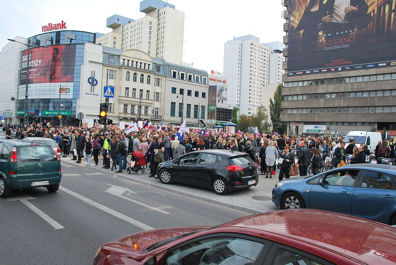 Black March in support of abortion rights, Łódź October 2nd 2016 07.jpg