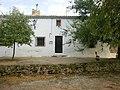 Bonita casa en una de las calles de Tabaqueros - panoramio.jpg