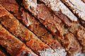 Brotkruste geschnittenes Brot (3).JPG