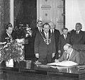 Bundesarchiv Bild 183-1987-0529-044, Berlin, Rotes Rathaus, Todor Shiwkow.jpg