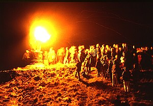 Burning of the Clavie - Image: Burning Of The Clavie 3(Anne Burgess)Jan 1984