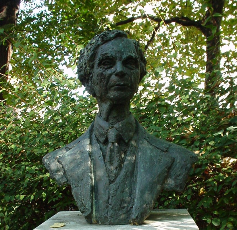 Bust Of Bertrand Russell-Red Lion Square-London