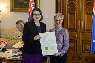 Jenny Mikakos - Mikakos (left), with Governor of Victoria Linda Dessau