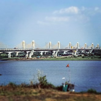 National Highway 48 (India) - Cable bridge across Narmada River near Bharuch