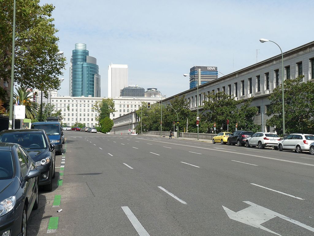 Archivo calle de agust n de betancourt hacia el norte - H m calle orense madrid ...
