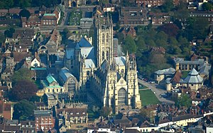 Canterbury city walls - The location of Canterbury Cathedral in the 6th century (centre) may have been influenced by the surviving Roman city walls (top)