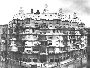 1910 in architecture - Casa Milà
