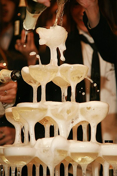 File:Champagne tower.jpg