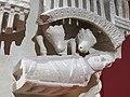 Chapiteau engagé Visitation, Nativité, Annonce aux bergers - PM28000291 and 950.9.1 - Naissance de la sculpture gothique - 13.jpg