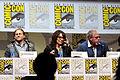 Charlie Hunnam, Katey Sagal & Ron Perlman (9366066528).jpg