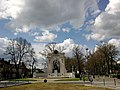 Chartres Place Du Chatelet Monument Aux Morts 13042016 - panoramio.jpg
