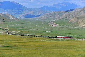 China Railways passenger train K1662 on Southern Xinjiang railway 20120805.jpg
