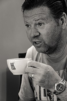 Chris Waddle 2012.jpg