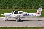 Cirrus SR20-G2 D-EXYS (9293015200).jpg