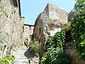 Civita di Bagnoregio-case3.jpg