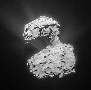 """Contact binary (small Solar System body) - 67P/Churyumov–Gerasimenko, a suspected contact-binary comet, with two distinct lobes connected by a """"neck"""", imaged by Rosetta"""