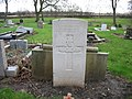 Commonwealth War Grave in Jarrow Cemetery (WW2-45) - geograph.org.uk - 1605419.jpg